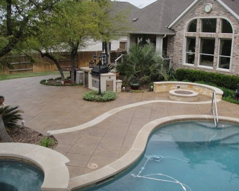 stamped-ovelay-pool-deck